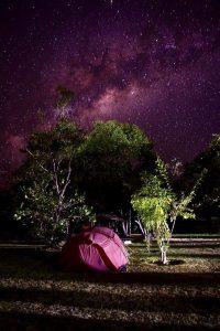 Sternenhimmel über dem Zelt